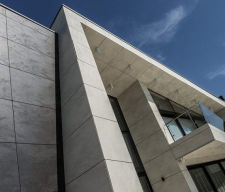1025_fachada-coverlam-oxido-negro-y-marfil_web-570x487 Francisco Barba Triguero